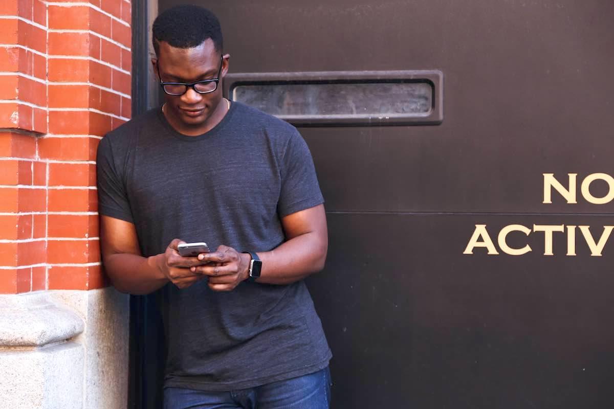Competitividade entre aplicativos: saiba como conquistar a atenção do usuário