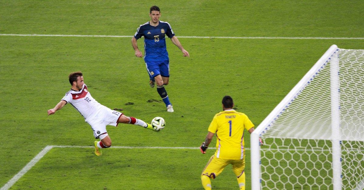 Jogadores da Alemanha e da Argentina na final da Copa do Mundo de 2014