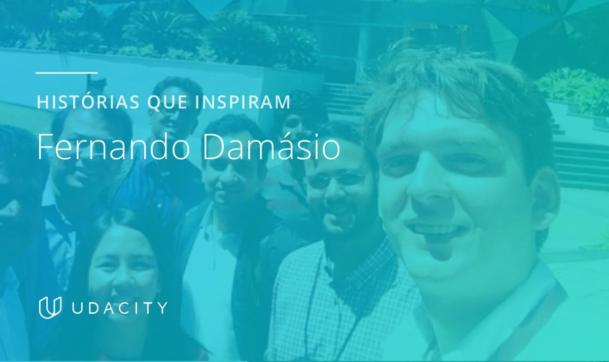 Fernando Damásio na Índia com seus alunos da UConnect