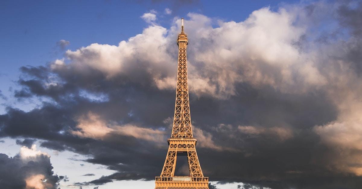 A Torre Eiffel, em Paris